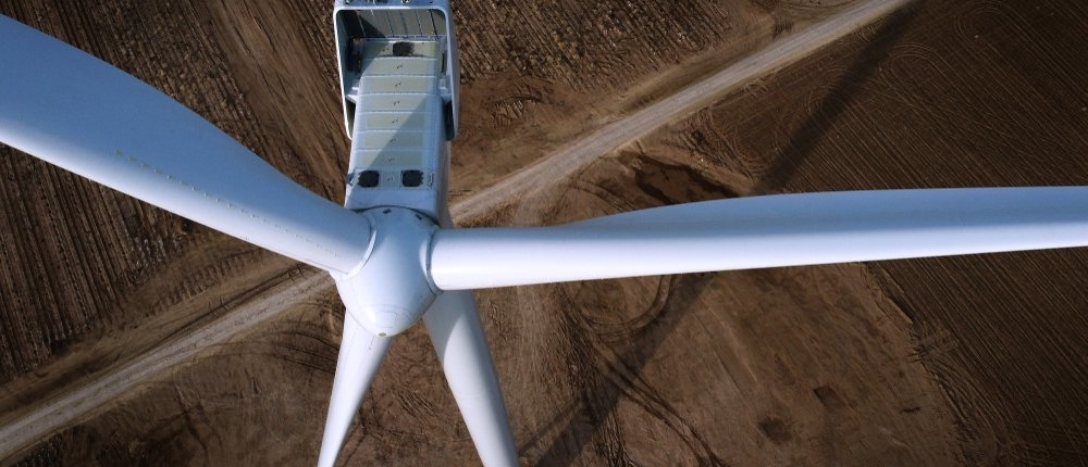 Farmers earn extra income with wind farms